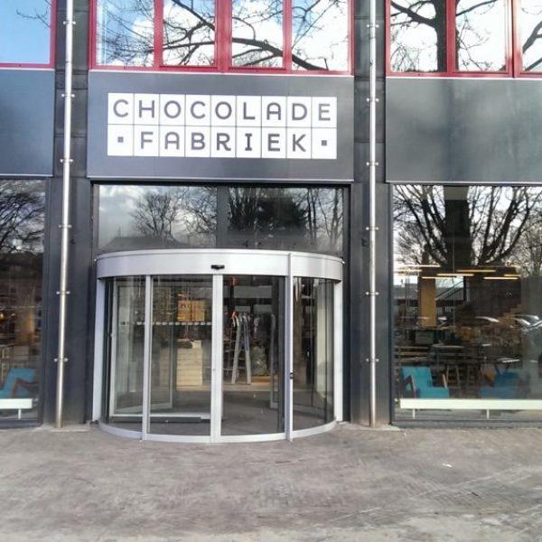 chocolade fabriek gevelreclame de plakboer