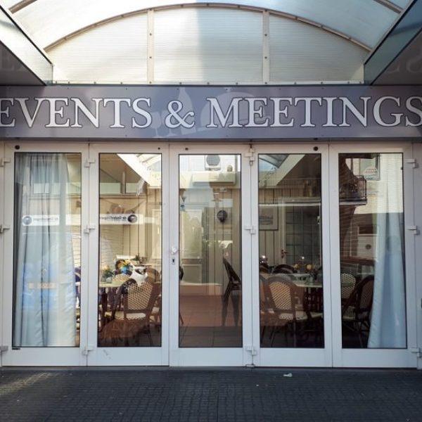 event&meetings gevelreclame deplakboer
